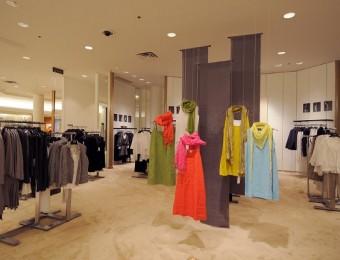 Thiết kế nội thất Shop thời trang nữ đẹp độc đáo