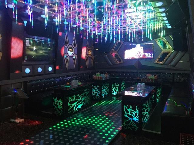 thiet ke mau phong karaoke dep (11)
