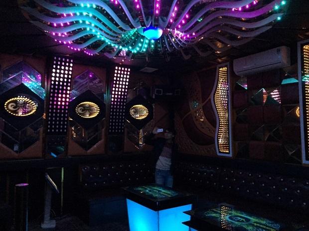 thiet ke thi cong karaoke dep re (7)
