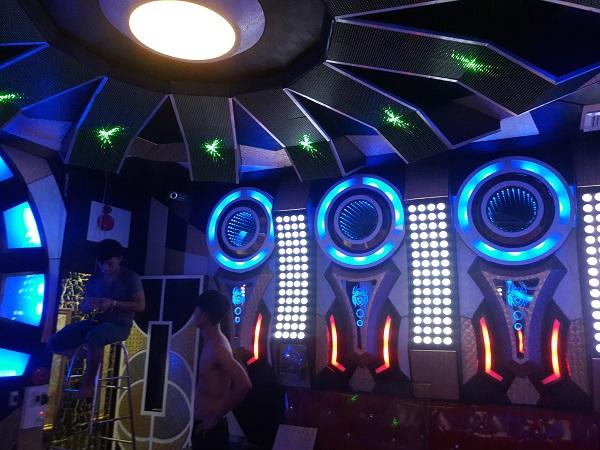 mau phong karaoke dep nhat (27)