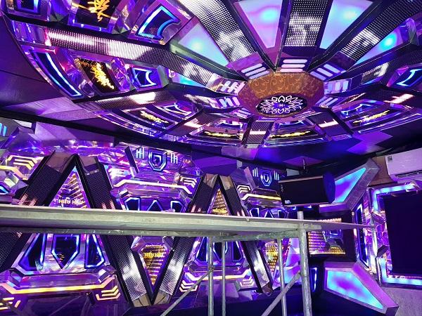 mau phong hat karaoke dep (25)
