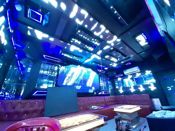mau phong hat karaoke dep moi nhat (22)