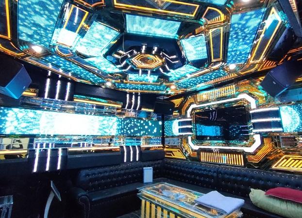 phòng karaoke inox mới siêu đẹp đẳng cấp mới nhất (1)
